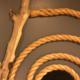 ロープ、流木によるウォールアート