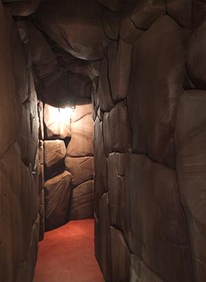 洞窟風通路